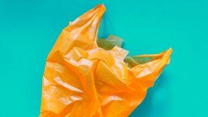 Buscando la bolsa del futuro alternativa al plástico