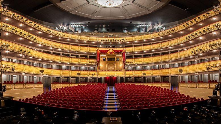 Index invita a sus clientes al Teatro Real en familia