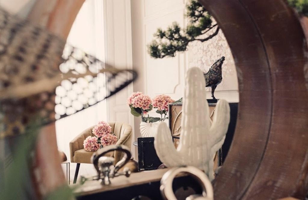 Amplía tu casa con espejos