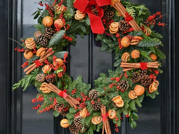 corona-puerta-navidad