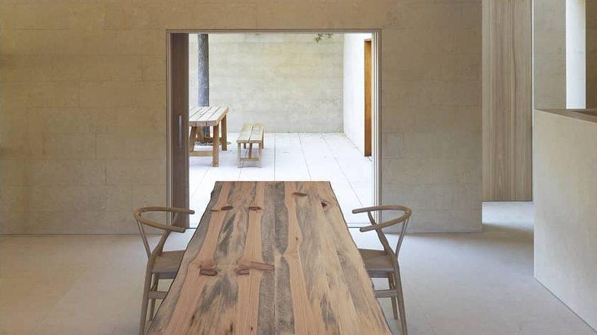 ¿Cómo convertir las ramas de árboles caídos en muebles de diseño?