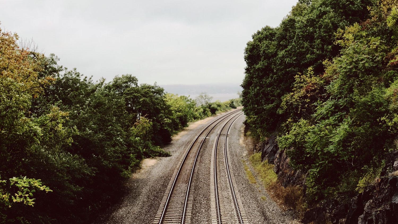 Lee más sobre el artículo Vías de tren más sostenibles en plástico que en madera