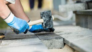 Lee más sobre el artículo Escasea la mano de obra en la construcción, que se suma a la subida de precios histórica